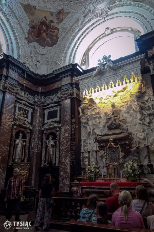 Wnętrze katedry wileńskiej