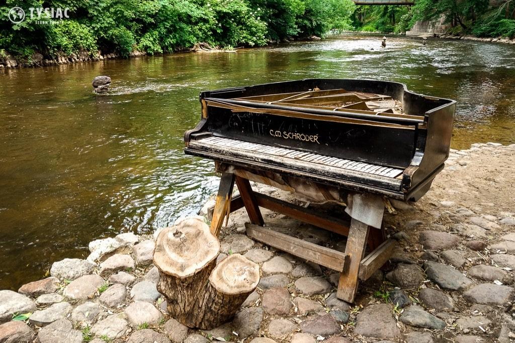 Zniszczony fortepian