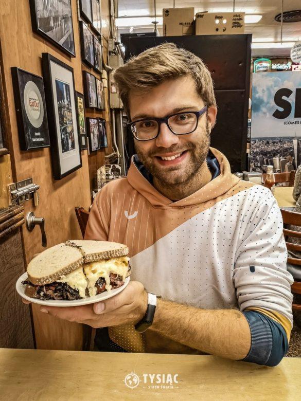 Pastrami w Katz's Delicatessen