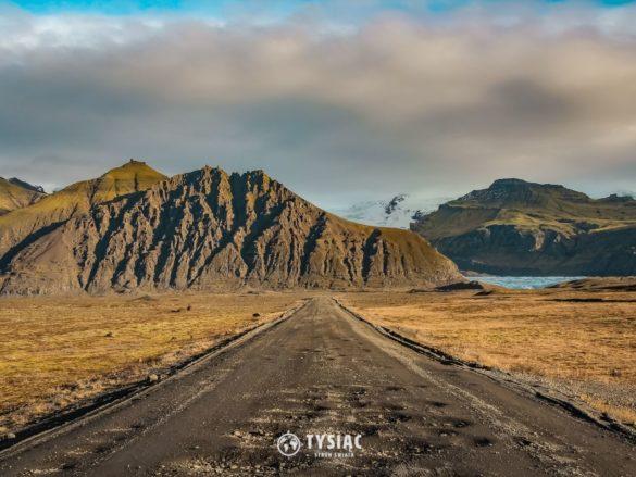 Zwiedzanie Islandii - droga do lodowca